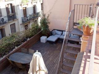 Penthouse apartment for sale in El Born, Barcelona Old Town