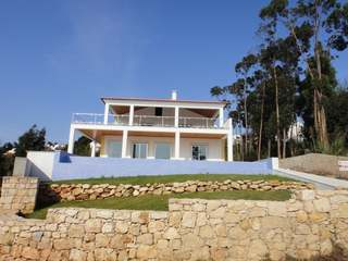 4 Bedroom luxury villa in Foz do Arelho, Silver Coast, Portugal