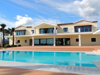 Luxury contemporary villa for sale in El Madroñal, Marbella