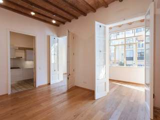 Renovated apartment for sale in Eixample, Barcelona city