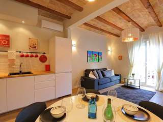 2-bedroom apartment for sale in Poble Sec, Barcelona