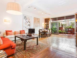 Duplex for sale next to Enric Granados, in the Eixample Left area