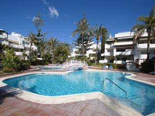 Duplex penthouse for sale in Alhambra del Mar, Marbella
