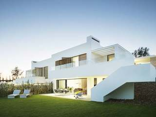Superb golf villa for sale on PGA de Catalunya