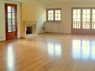 Apartamento dúplex en venta en Adorra