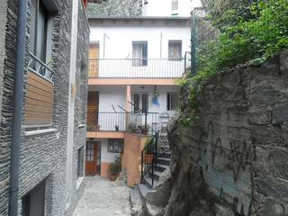 Duplex for sale in the historic center of Andorra la Vella