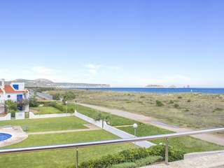 First line Costa Brava property to buy