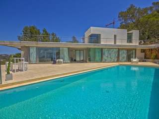 Beautiful villa with sea views for sale near Ibiza town
