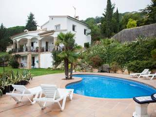 Holiday villa to buy in Lloret de Mar, Costa Brava