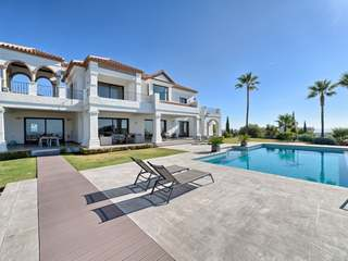 Luxury villa for sale in Los Flamingos, Benahavis