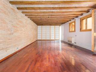 90 m² loft apartment for sale in the Born, Barcelona