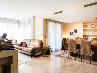 Beautiful apartment for sale in Valencia's Eixample district