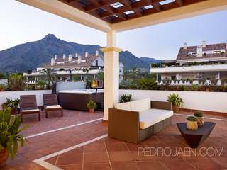 4-bedroom penthouse for sale in the Golden Mile, Marbella