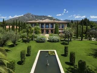 6-Schlafzimmer-Villa zum Verkauf in der Goldenen Meile, Marbella