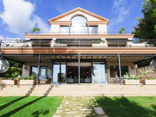 Large villa for sale in Vallpineda, Sitges