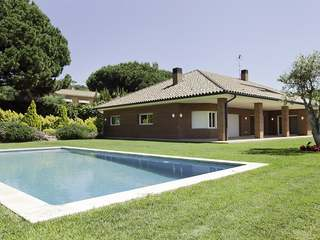 Superb house for sale on Maresme coast near Barcelona city