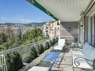 5-bedroom apartment of 540 m² for sale in Turó Park