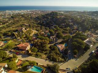 Plot with sea views for sale in the Premia de Dalt