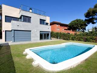 Luxury house for rent in Pedralbes, Barcelona
