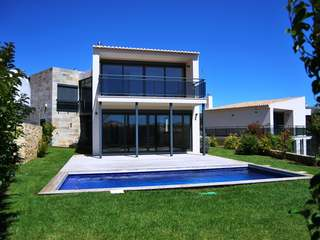 4 bedroom  contemporary  condo villa for sale in Cascais