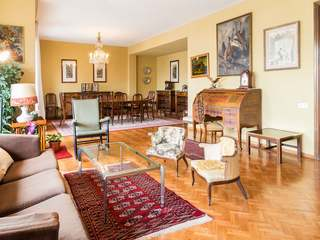 Apartment for sale to renovate in Barcelona Turó Park