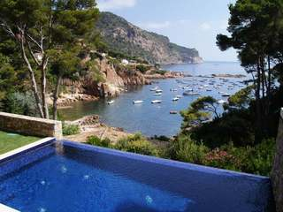 Luxury Costa Brava first line house to buy in Aiguablava