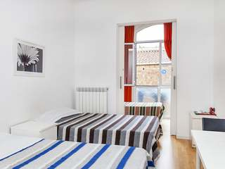 4-bedroom property for sale on Calle Diputacio, Eixample