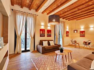 Renovated apartment for sale in Poble Sec - Sant Antoni