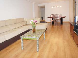Apartment with communal pool for sale in Playa Patacona