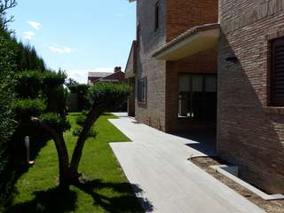 Fantastic house with pool for rent in Mas Camarena