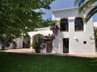 Traditional country house for sale in Sant Lorenzo Ibiza
