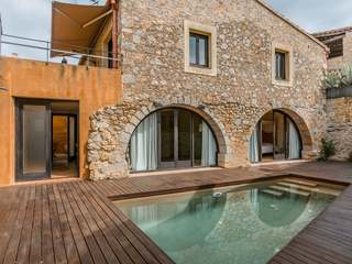 Stylishly renovated hay barn in Bellcaire, in the Empordà
