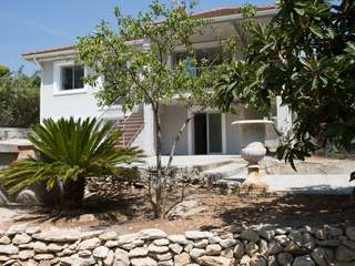 Villa with 4 bedrooms, garden and pool for sale in Sitges
