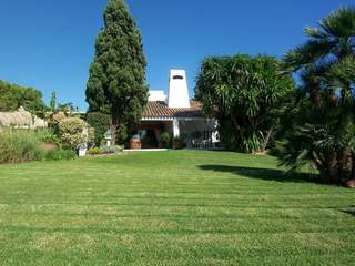 Rustic Mediterranean house for sale close to Valencia