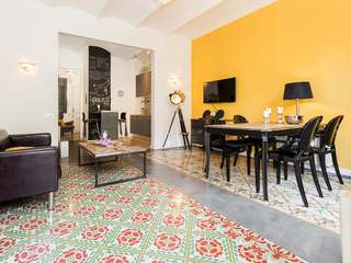 Spectacular renovated apartment for rent in Eixample