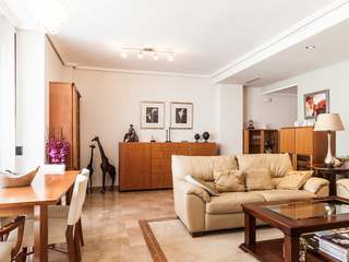 Exclusive apartment for sale in fashionable area of Valencia