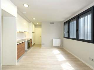 Gorgeous 2-bedroom apartment for sale in Poblenou, Barcelona