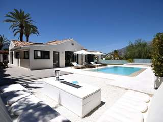 Outstanding villa for sale in Nueva Andalucia's Golf Valley