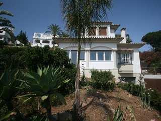 Villa for sale in Neuva Andalucia, Marbella