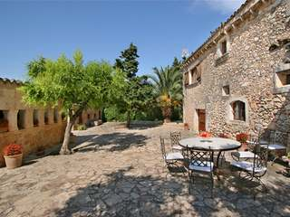Country house for short-term rent near Buger North Mallorca