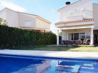 4-bedroom villa with a pool for sale in Alfinach, Valencia