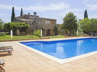 Costa Brava country house to buy close to the nearest beach