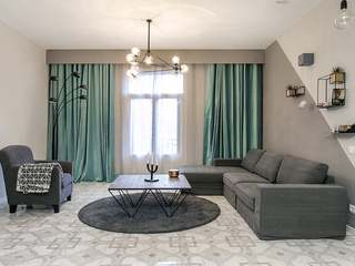 Newly renovated 2-bedroom apartment to buy on Pla del Palau