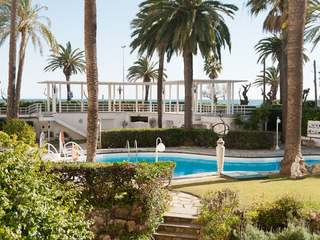 Furnished studio apartment for sale on Sitges seafront