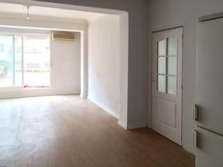 Apartamento totalmente reformado de 5 dormitorios en venta en el barrio de moda de Ruzafa