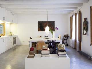 2-bedroom apartment for sale in Born, Barcelona