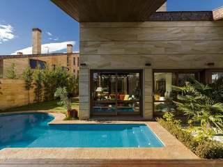 Luxury house for sale in Aravaca, Madrid city surroundings