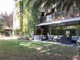 Charming apartment with outdoor space for sale, Madrid City