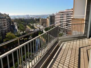 Apartment to buy in Palma de Mallorca with marina view