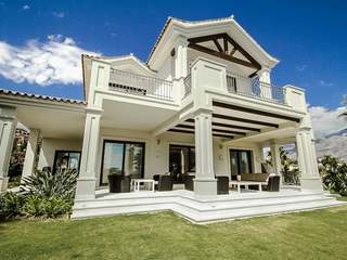 5-bedroom luxury villa for sale In Nueva Andalucia